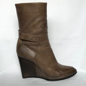 Costume National wedge boot